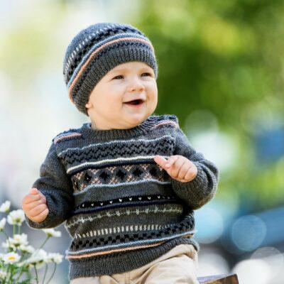 Baby och barn modell för mönster 901_1853_Svarta_fåret_Baby_Merino_stickad_baby_barn_tröja_mössa_gicona_01