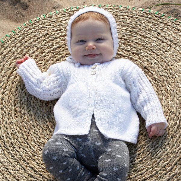 901_2005_svarta_fåret_baby_merino_stickad_baby_barn_kofta_mössa_gicona_01