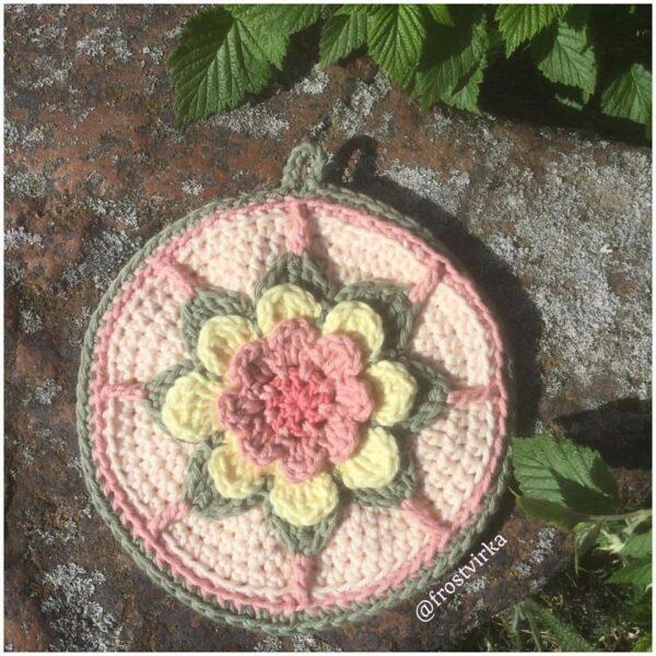 Frostvirka - Mammas blomstergrytlapp - Soft Cotton - 10618-022B - Bild_02