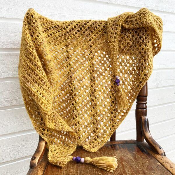 Honeybee shawl-Pysselofix-Spirit 10818-029A_Bild_01
