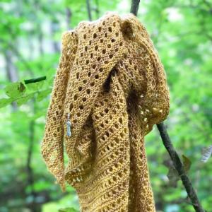 Honeybee shawl-Pysselofix-Spirit 10818-029A_Bild_03