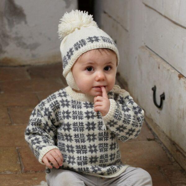 901_2232_svarta_fåret_baby_merino_stickad_baby_tröja_mössa_gicona_01