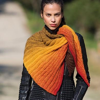 DAISY_stickad_sjal_by_Katia_Infinity_shawl_product