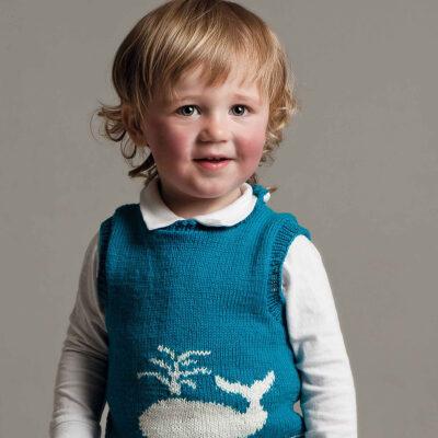 Viking Yarn knits patterns 1004-07. Yarn Björk. Knitted children's vest.