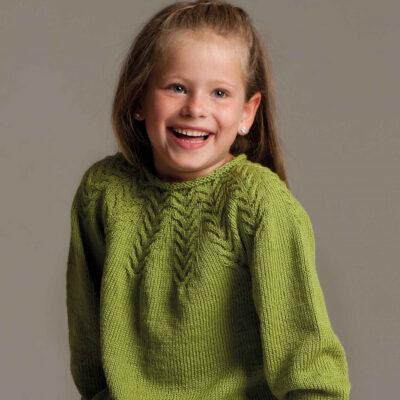 Viking Yarn knits patterns 1004-08. Yarn Björk. Knitted children's sweater.