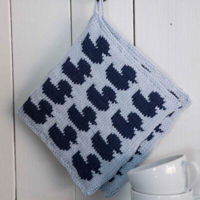 Viking Yarn knits patterns 1421-06. Yarn Spring. Knitted pot with ducks.