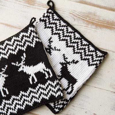 Viking Yarn knits patterns 1421-15. Yarn Spring. Knitted pot with reindeer.
