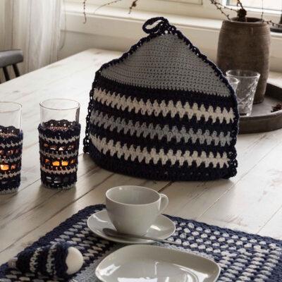 Viking Yarn crochet patterns 1421-23. Yarn Spring. Crocheted tea cap.