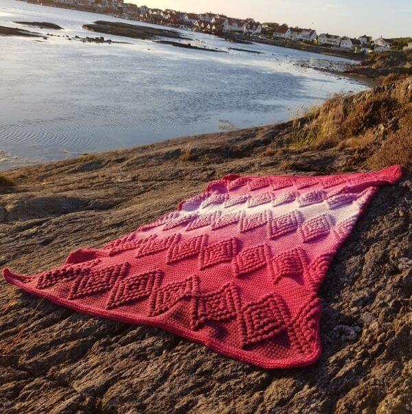 Diamond Baby Blanket - Whirl Ombre - Anna Mållberg 01